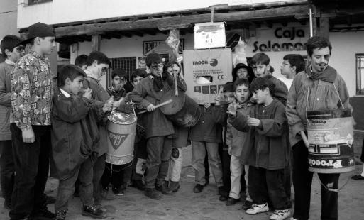 Niños en el Pero Palo III